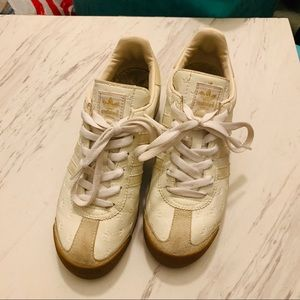 Adidas samoa white leather sneakers